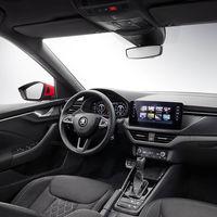 El interior del Škoda Kamiq se deja ver antes de su debut en Ginebra, y es calcado sobre el del Škoda Scala