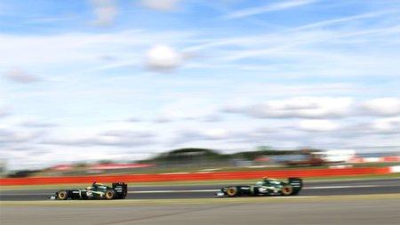 Lotus espera tener a los mismos pilotos para 2011