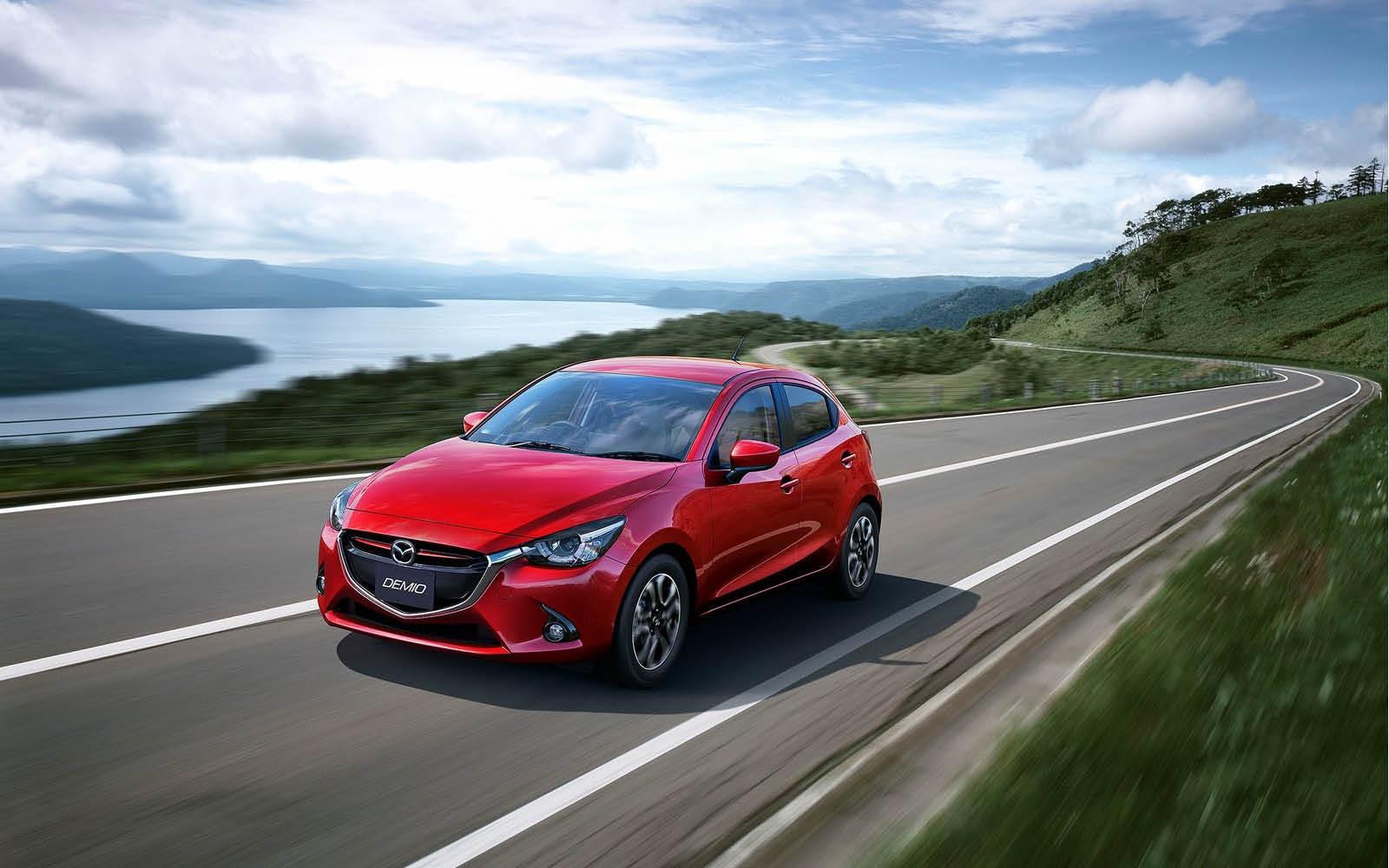 Foto de Mazda 2 2015 (2/24)