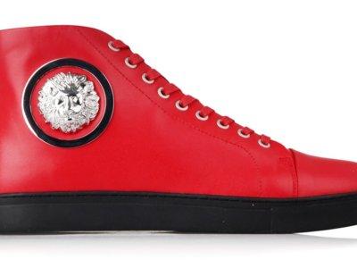 Cabeza de león: zapatillas altas de Versus Versace
