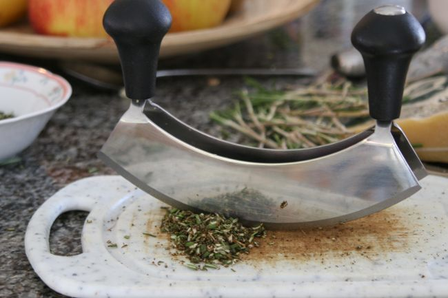 Agrega vitamina C a tus platos con ayuda de hierbas y especias
