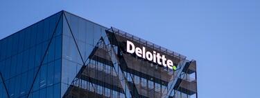 Deloitte, primera de las Big Four en dejar teletrabajar a sus empleados de Reino Unido para siempre