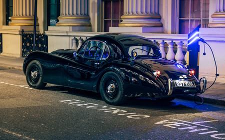 Jaguar Xk120 Jun 01