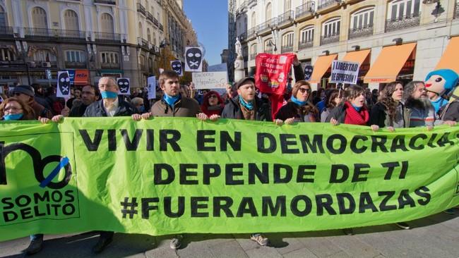 Manifestacion Contra La Ley Mordaza En Madrid 20 12 2014 28