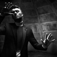 El cantante británico Sam Smith protagoniza la última campaña de Balenciaga