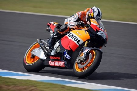 MotoGP Japón 2011: Dani Pedrosa gana el día que la locura llegó a MotoGP