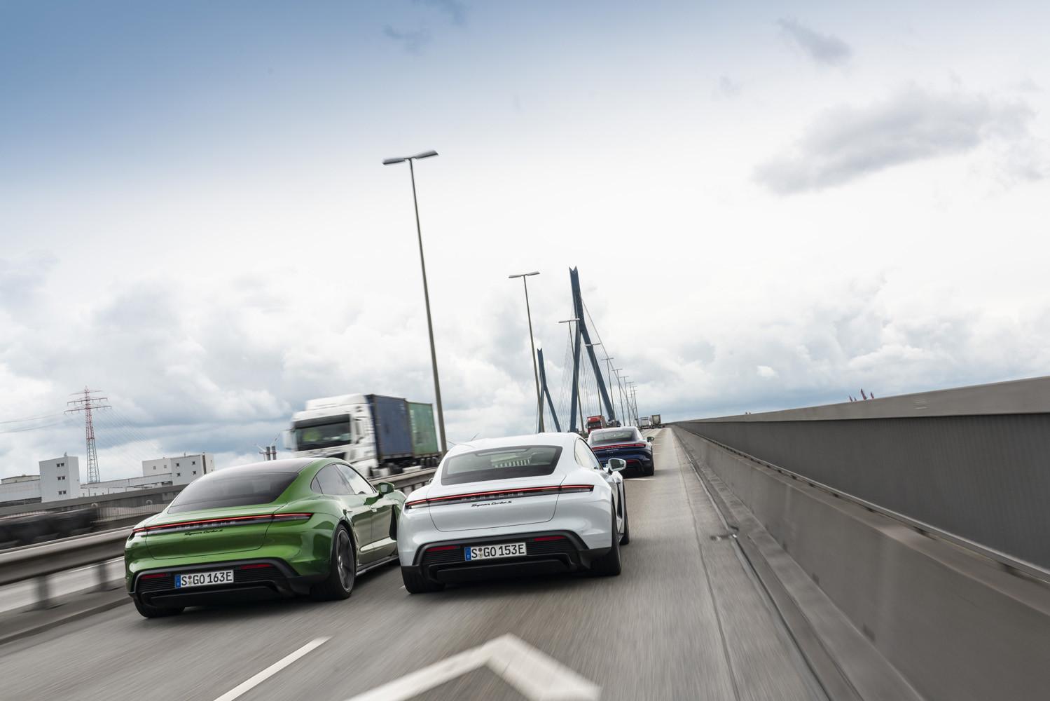 Foto de Porsche Taycan prueba contacto (131/275)