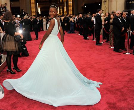 Lupita Nyong'o se convirtió en la Cenicienta con Oscar