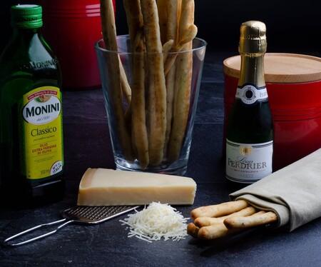 Fondue de queso cheddar con cerveza. Receta fácil y rápida para una noche de Netflix con tu pareja