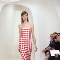 Vestido detalles rojos Christian Dior Alta Costura Primavera-Verano 2014