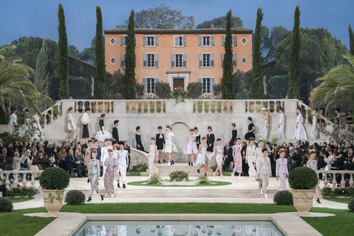 Karl Lagerfeld se pierde el desfile de Chanel Primavera-Verano 2019 Alta Costura