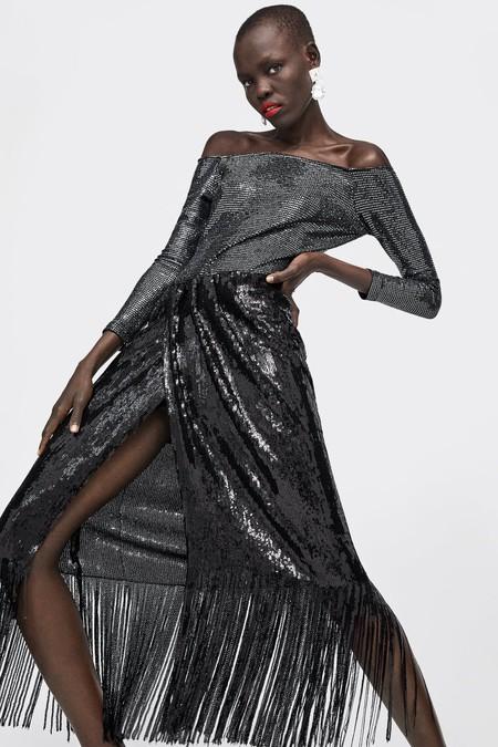 11 bodies de Zara que quedan tan bien con falda como con pantalón (y que te hacen el look de fiesta)