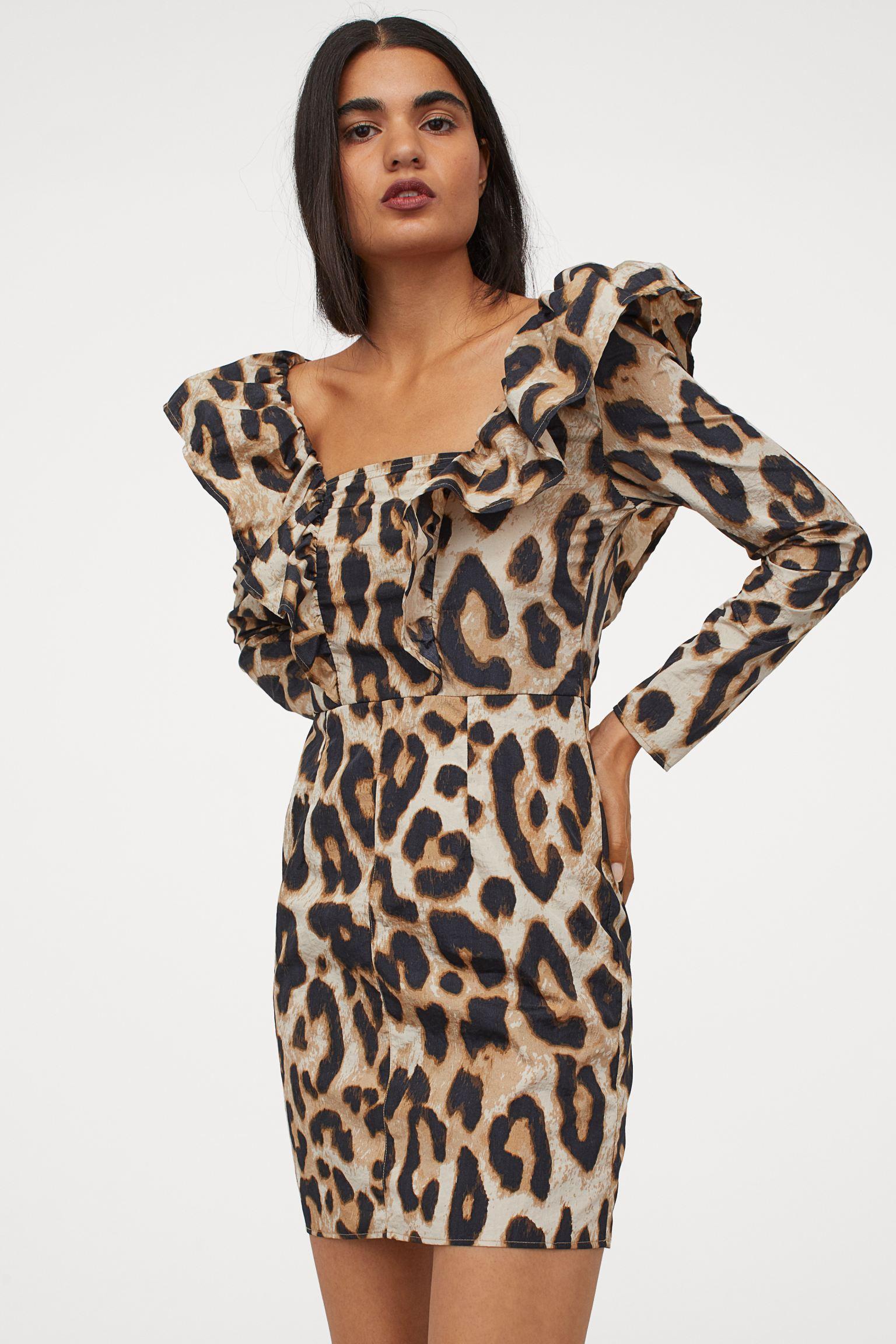 Vestido con volantes de print de leopardo