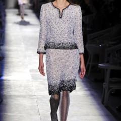 Foto 21 de 61 de la galería chanel-alta-costura-otono-invierno-2012-2013-rosa-gris-brillos-y-nuevo-vintage en Trendencias
