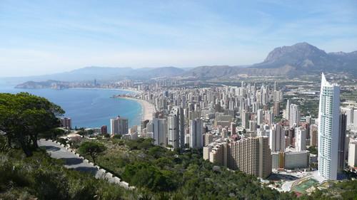 Los destinos vacacionales favoritos de los españoles: playa y más playa