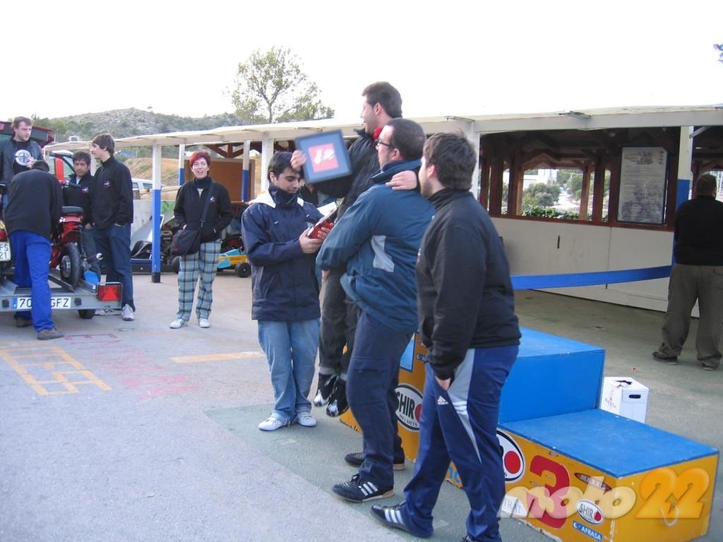 Foto de 6 horas de resistencia en Vespa y Lambretta (48/51)