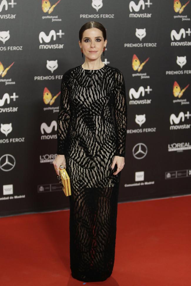 premios feroz alfombra roja look estilismo outfit Nuria Gago