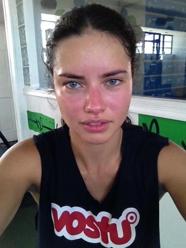 Adriana Lima sabe que la fama cuesta y se paga con sudor