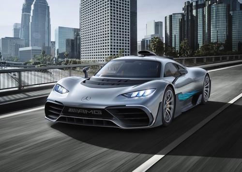 El Mercedes-AMG Project One Concept lleva motor de F1 y llega a 200 km/h en menos de 6 segundos