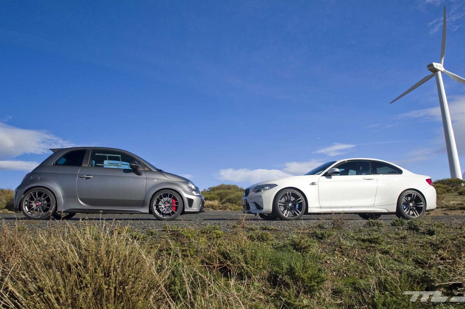 Foto de Abarth 695 Biposto vs BMW M2 (10/44)
