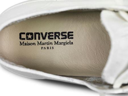 El total white de la colaboración de Converse y Maison Martin Margiela
