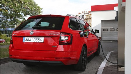 Škoda Octavia G-TEC 2019
