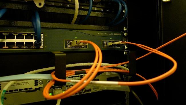 La mitad de la población ya dispone de acceso a la banda ancha de 100MB