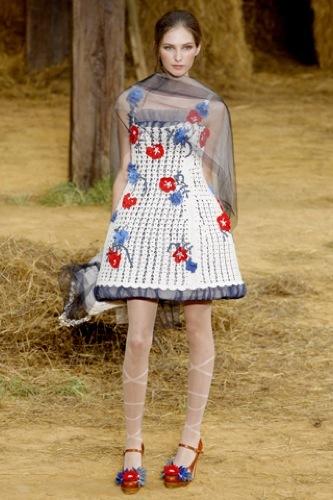 El estampado floral dominará la Primavera-Verano 2010: vestidos para tomar nota, Chanel