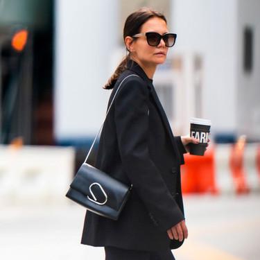 En leggings y cargada de estilo: así volverás a la oficina si copias este look de Katie Holmes