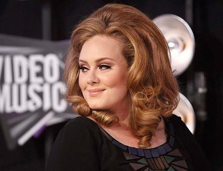 Adele, cariño, si tú te casarás... ¿verdad que invitarías a Poprosa a la boda?
