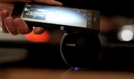 Comparte los contenidos de tu Xperia en 5 segundos gracias a la tecnología One Touch