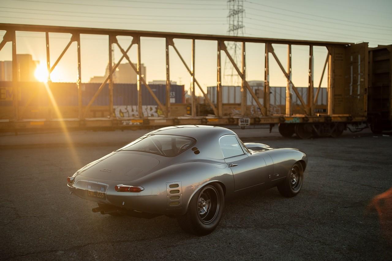"""Foto de Jaguar E-Type Low Drag Coupé """"OWL226"""" (2/21)"""