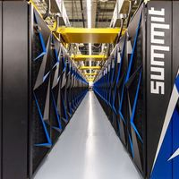 EEUU le arrebata el trono a China al presentar 'Summit': el supercomputador más potente del mundo con 200 petaFLOPS
