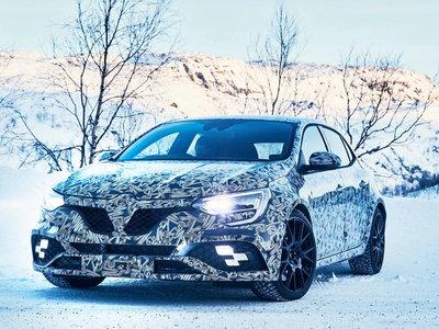 ¡Cuidado hot hatch! Este es el Renault Megane R.S. mostrándose antes de su debut en Frankfurt