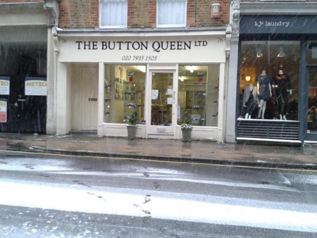 The button queen (76 Marylebone Ln)
