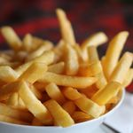 Las patatas fritas son un arma de destrucción dietética: solo deberíamos comer seis por ración, pero somos incapaces de lograrlo