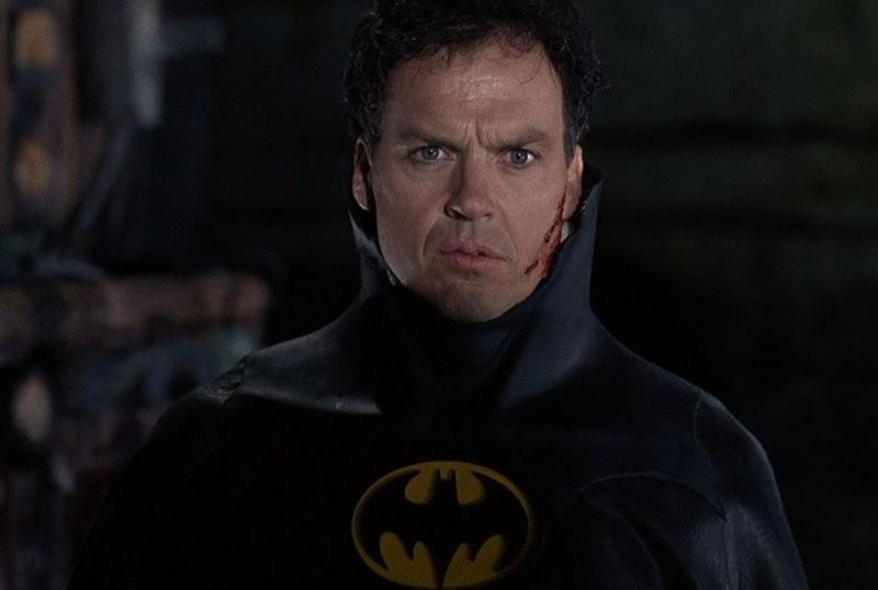 Michael Keaton negocia volver a ser Batman en 'The Flash' y otros films del Universo DC