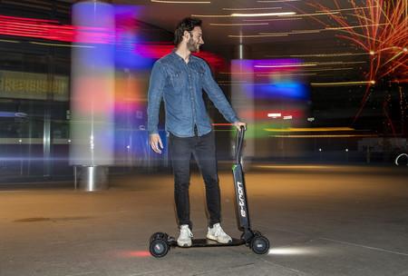 Audi nos muestra su primer patinete eléctrico: e-Tron Scooter, una especie de tabla de skateboard eléctrica de 2.000 euros