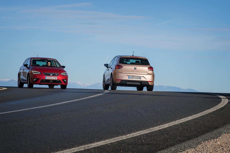 Foto de SEAT Ibiza (comparativa) (15/33)