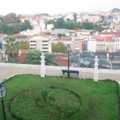 Foto 2 de 5 de la galería mirador-san-pedro-de-alcantara-lisboa en Diario del Viajero