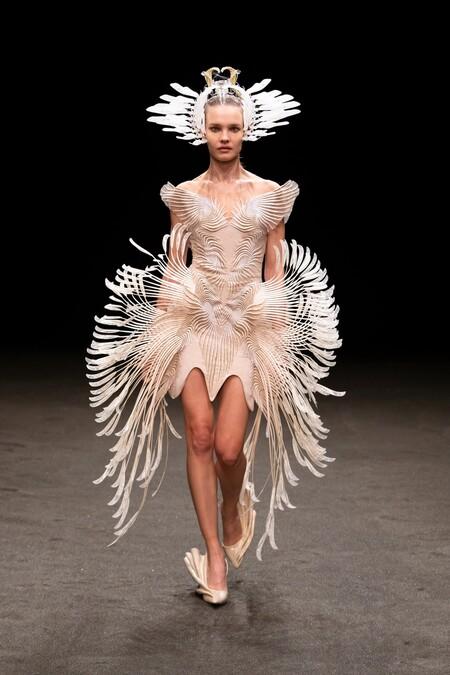 Iris Van Herpen Haute Couture Ss 2021 08