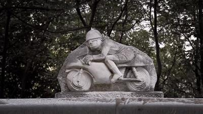 Giovanni Burlando, 75 años y con las mismas ganas de moto que cuando tenía 20