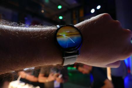 Motorola Moto 360, primeras impresiones con un reloj más estilizado pero con pocos cambios