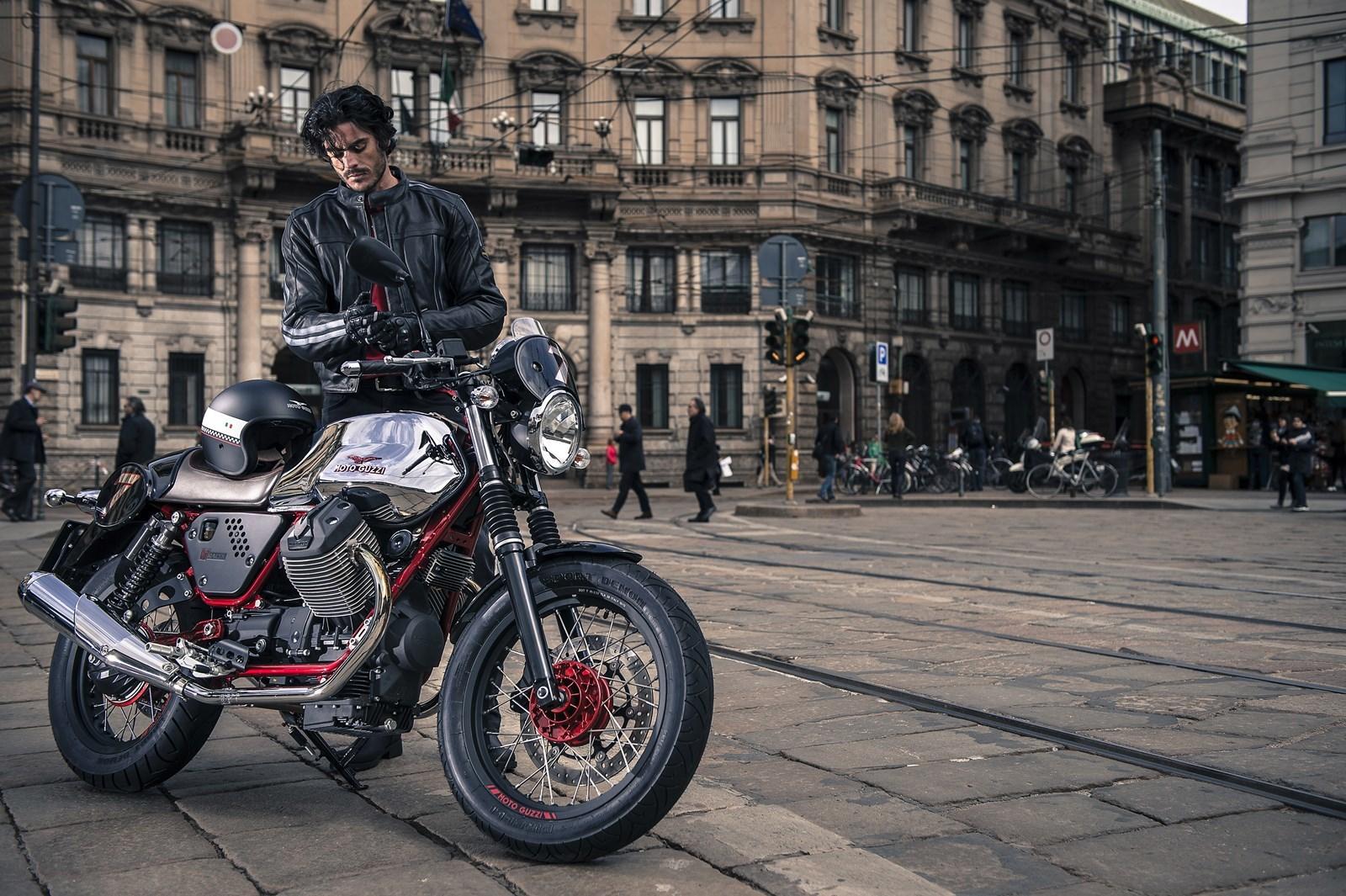 Foto de Moto Guzzi V7 Racer (21/49)