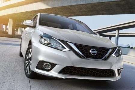 Video: te costará trabajo creer que esta espectacular persecución es estelarizada por…¡un Nissan Sentra!