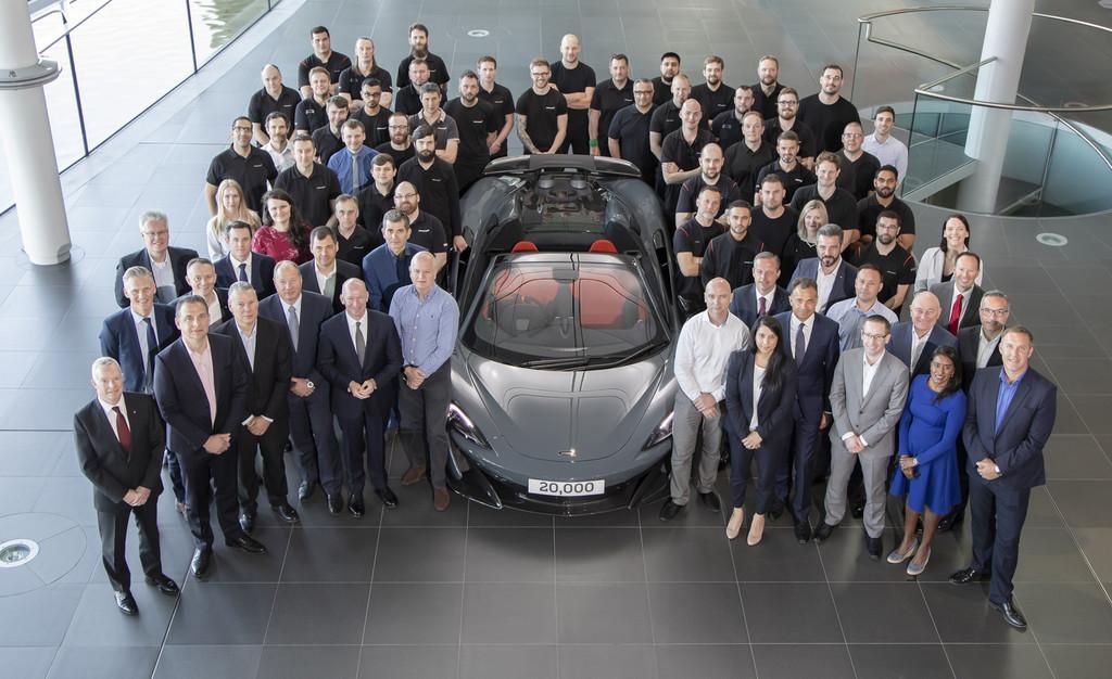 McLaren celebra la fabricación de su superdeportivo número 20.000 desde el primer 12C del año 2011