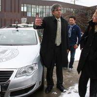 Profesor mexicano de la Free University de Berlín probará su coche autónomo en México
