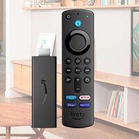 Por sólo cinco euros más que el modelo Lite tienes el Fire TV Stick con control por voz. Amazon te deja su streamer por sólo 24,99 euros