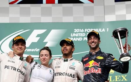 Hamilton se reencuentra con la victoria y recorta puntos a Rosberg en el Circuito de las Américas