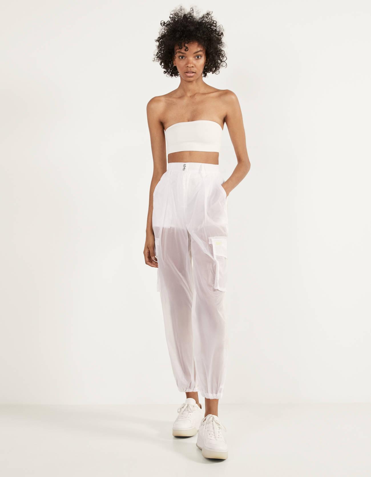 Pantalones cargo semitransparente